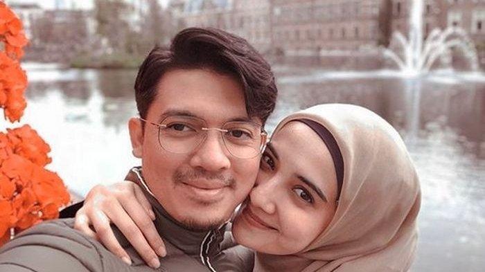 Irwansyah Panik Mondar-mandir Lihat Kondisi Tangan sang Istri, Zaskia Sungkar Akui Terharu
