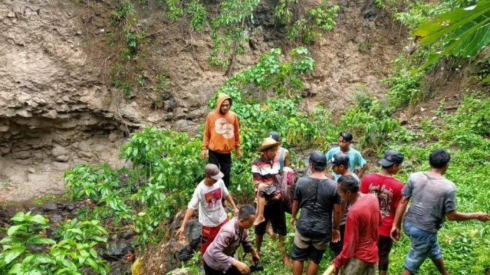 Cari Pohon Bonsai di Hutan, Bocah 10 Tahun di Dompu Tewas Terperosok ke Jurang Setinggi 20 Meter