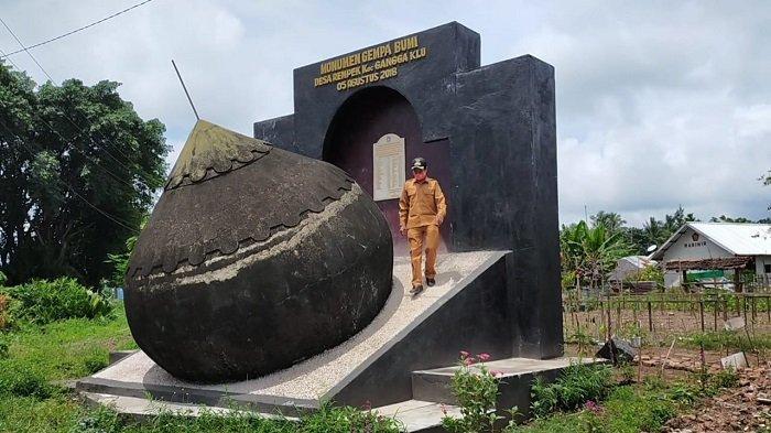Gempa Hancurkan Ribuan Rumah, Warga Desa Rempek Lombok Utara Bangun Monumen Kubah Masjid