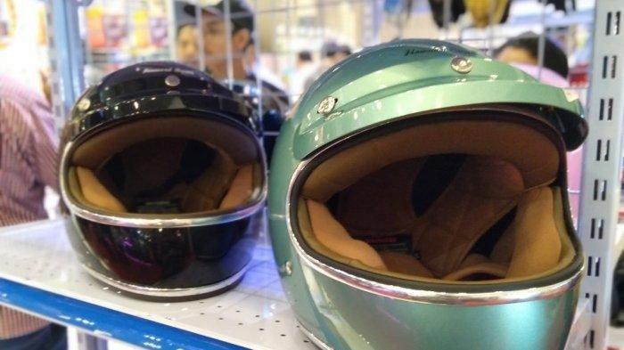 Tips Mudah Memilih Helm dan Cara Merawatnya agar Tidak Bau