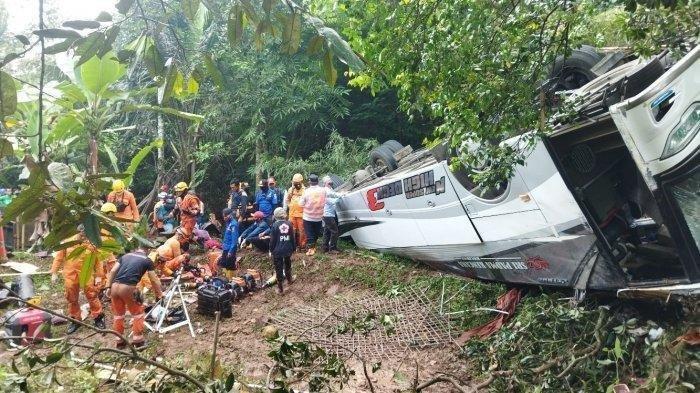 Cerita Korban Selamat Kecelakaan Bus di Sumedang Rela Telanjang untuk Selamatkan Diri dan sang Anak