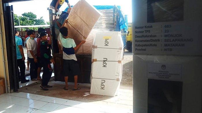 Logistik Pilkada Sudah di Kelurahan, KPU Mataram Temukan 72 Lembar Surat Suara Rusak