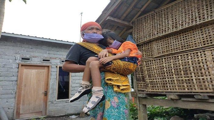 Penyebab Ibu-ibu di Lombok Lempar Pabrik Tembakau: Kesal Anak Sesak Napas, Satu Bocah Nyaris Lumpuh
