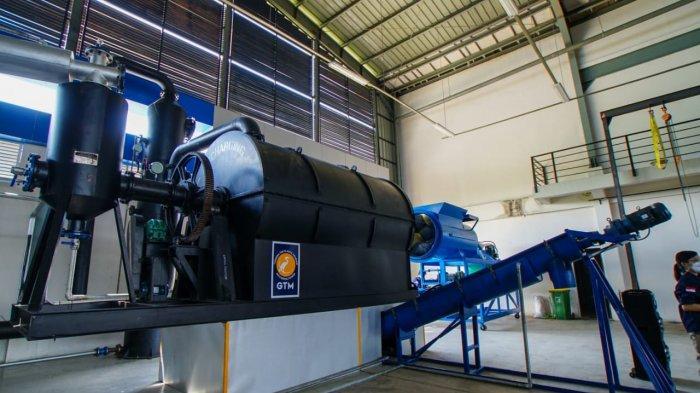 MESIN SAMPAH: Mesin penghasil bahan bakar ramah lingkungan dengan siatem pirolisis, di STIP NTB, Banyumulek, Lombok Barat, Sabtu (29/5/2021). (Dok. Diskominfotik NTB)