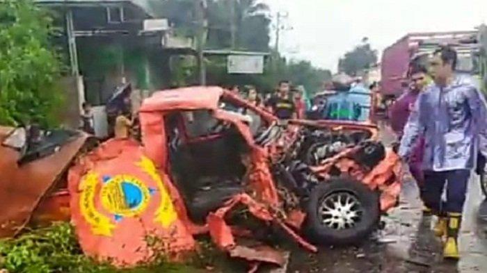 Mobil BPBD Lombok Timur Ditabrak Truk saat Tinjau Banjir di Sambelia, 1 Personel Tewas, 2 Kritis