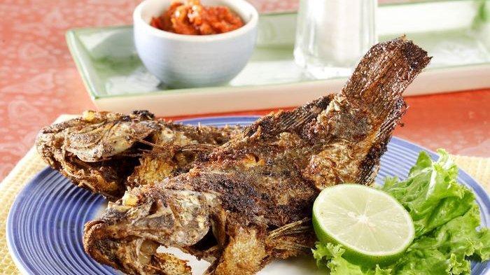 3 Resep dan Cara Membuat Masakan Bahan Dasar Ikan Lengkap dengan Cara Goreng Ikan agar Tidak Lengket