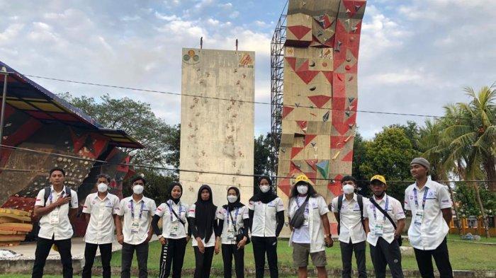 PANJAT TEBING: Tim panjat tebing NTB yang bertarung di PON XX Papua 2021.  (Dok. Ari)