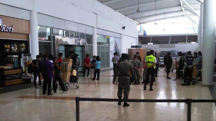 PEMULANGAN: Para PMI asal NTB tiba di Bandara Lombok, usai terbang dariMalaysia, Jumat (12/2/2021).