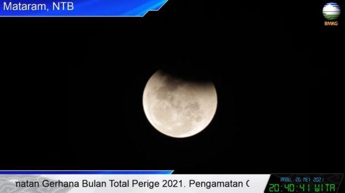 Sempat Terhalang Awan, Puncak Gerhana Bulan Total di NTB Berlangsung 18 Menit 44 Detik