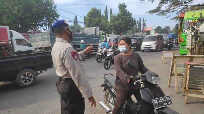 Tidak Taat Prokes, Pengendara Diminta Putar Balik di Perbatasan Lombok Barat dan Kota Mataram