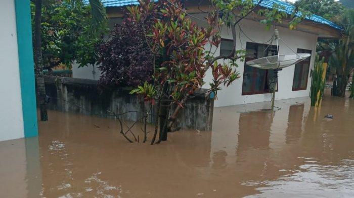 Banjir Bandang Jumat Malam, PLN Memutus Aliran Listrik untuk 26 Desa di Bima