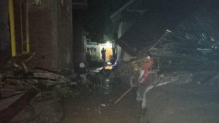 Banjir Kembali Terjang Dompu, 4 Rumah Hanyut dan 500 Keluarga Terdampak