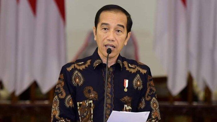Jokowi Mengajak Masyarakat Doakan 53 Awak KRI Nanggala-402: Patriot Terbaik Penjaga Kedaulatan