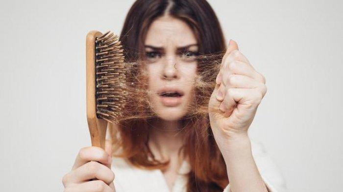 5 Bahan Alami untuk Mengatasi Kerontokan Rambut dan Cara Mudah Penggunaannya