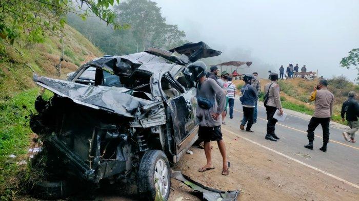 Mobil Wisatawan Terperosok di Pusuk Sembalun Sedalam 30 Meter, Satu Orang Tewas