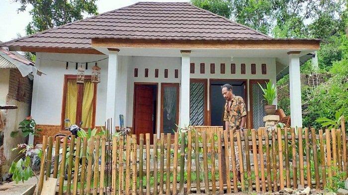 HOMESTAY Mandalika : Rumah-rumah warga di Dusun Rangkep 1, Desa Kuta, Lombok Tengah tertata rapi untuk menyambut tamu MotoGP Mandalika, Oktober 2021.