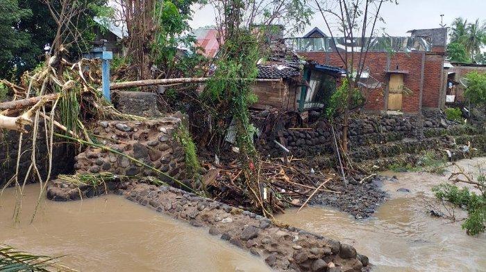 36 Rumah Hanyut dan Ratusan Terendam Banjir di Dompu, Kapolri Kirim Bantuan