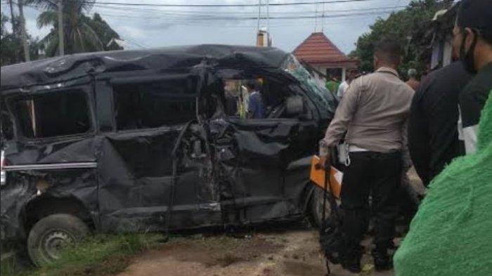 Korban Tewas Tertabrak Kereta Ternyata Pengantin Baru, Korban Sempat Menangis Datangi Ibu Minta Maaf