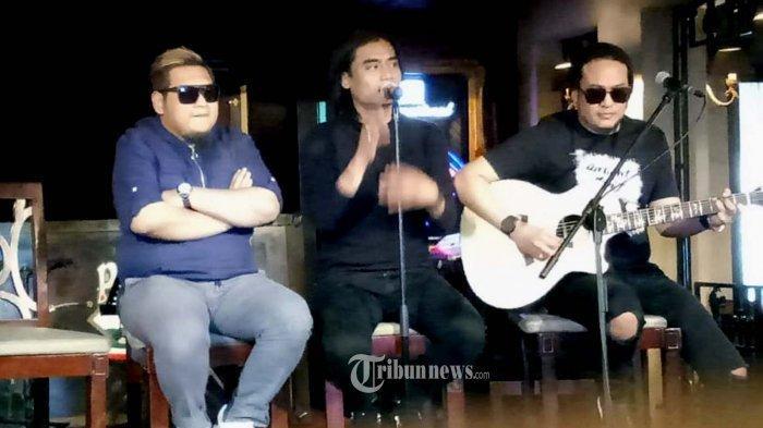 Chord Gitar dan Lirik Lagu Cari Pacar Lagi - ST12: Biar Ku Putuskan Saja Ku Tak Mau Hatiku Terluka