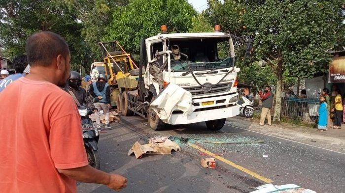 Tabrakan Beruntun Truk Tronton di Lombok Tengah, Kernet Asal Jawa Timur Tewas