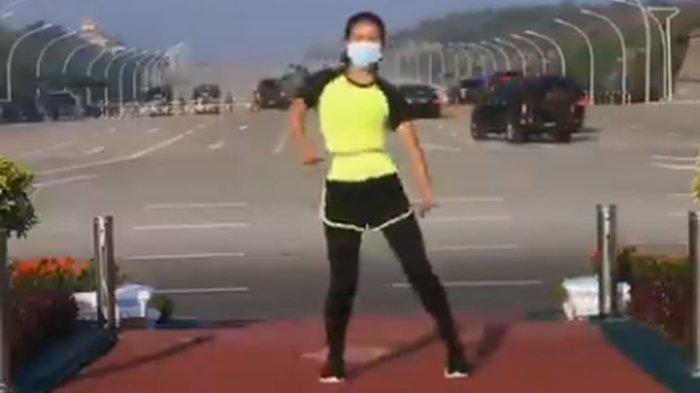 Viral Video Perempuan Senam Aerobik dengan Latar Detik-detik Kudeta di Myanmar