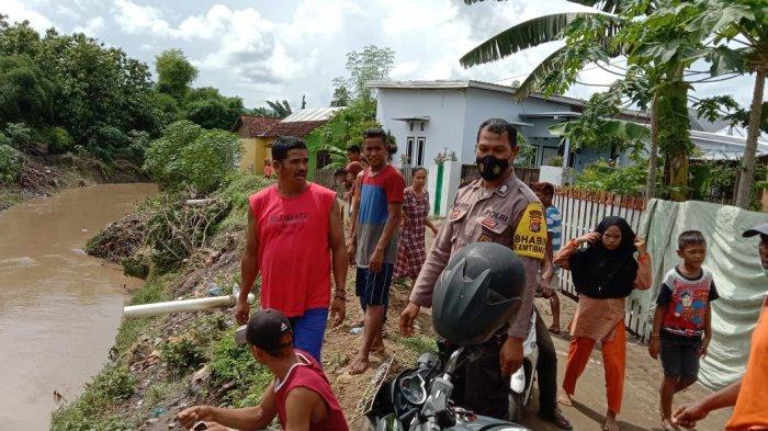 Mandi di Sungai Manggemaci, Wanita di Dompu Terseret Arus, Tim Masih Lakukan Pencarian