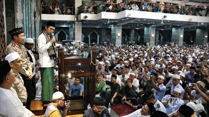 Pengajian UAS di Masjid Amal Silaturahmi Medan Dibubarkan Aparat, Ini Alasan Ada Tindakan Tegas