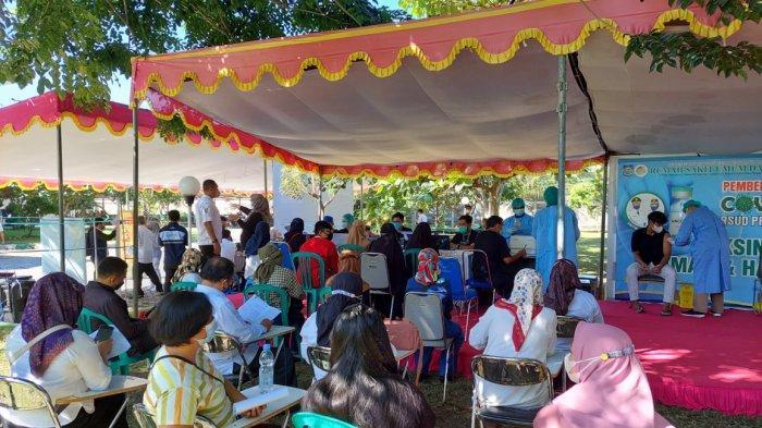 Masyarakat Antusias, Tembus 1.000 Orang Vaksin Per Hari di RSUD NTB