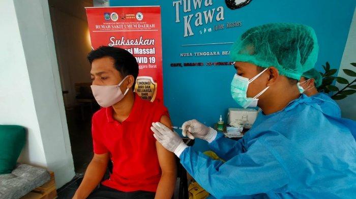 FITRA NTB: Vaksinasi bagi Kelompok Rentan di NTB Lambat dan Sulit