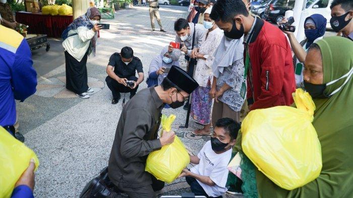 Bantuan PPKM Darurat di Mataram, 13.888 Orang Dapat Beras Termasuk Penyintas Covid-19