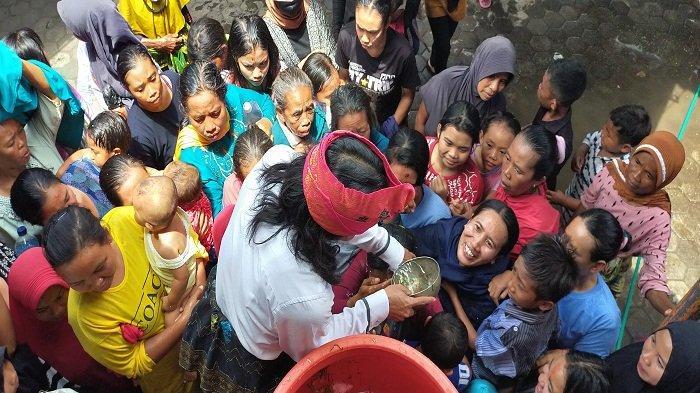 Tradisi Cuci Senjata Pusaka Karye Mesajik, Cara Warga Sukadana Merayakan Maulid Nabi di Lombok