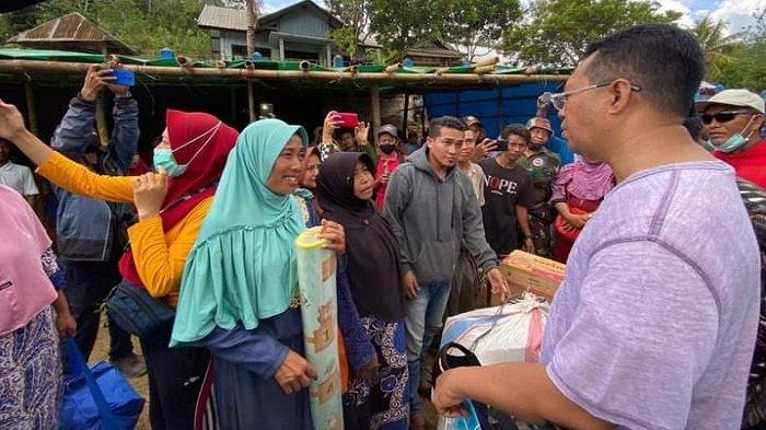 Curhat Korban Kebakaran Baturotok ke Gubernur NTB, Banyak Anak Putus Sekolah karena Jalan Rusak
