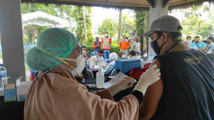 Vaksinasi di Lombok Barat Ditargetkan 6 Ribu Dosis Sehari