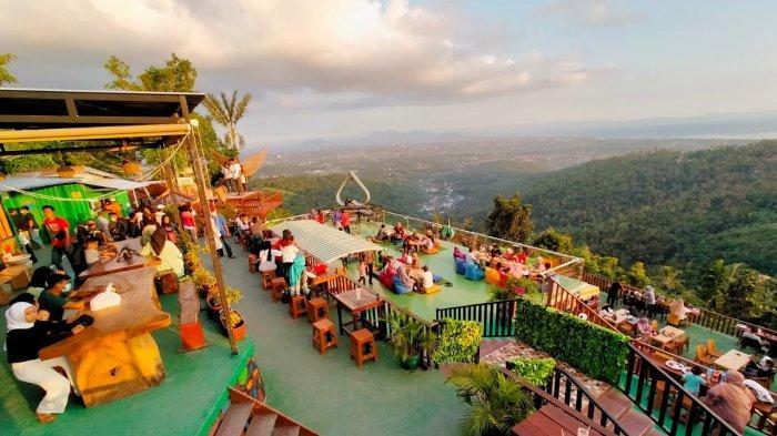 Work From Lombok Dilakukan Melalui MICE, 4.780 Orang Pelaku Wisata Divaksin