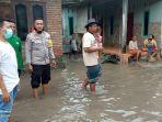banjir-luapan-air-sungai-rentang-praya-timur-lombok-tengah.jpg