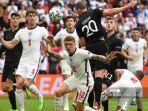 bek-jerman-robin-gosens-c-r-menyundul-bola-uefa-euro-2020-antara-inggris-dan-jerman.jpg