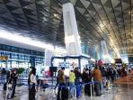 ilustrasi-suasana-bandara-soekarno-hatta-pada-senin-21122020.jpg