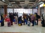 para-pmi-asal-ntb-tiba-di-bandara-internasional-lombok.jpg