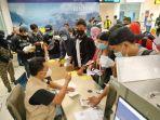 para-pmi-asal-ntb-yang-dipulangkan-dari-negara-penampatan-tiba-di-bandara-internasional-lombok.jpg