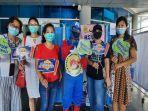 petugas-berkostum-superhero-menghibur-penerima-vaksin-di-rsud-kota-mataram.jpg