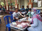 petugas-terus-menyuntikkan-vaksin-covid-19-di-lombok-barat.jpg