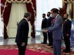 presiden-joko-widodo-jokowi-menerima-tujuh-duta-besar-luar-biasa-dan-berkuasa-penuh-lbbp.jpg