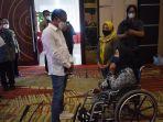 seorang-peyandang-disabilitas-hadir-dalam-rapat-koordinasi.jpg