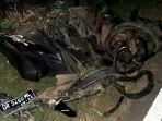 sepeda-motor-salah-seorang-korban-kecelakaan-maut-di-sekotong-l.jpg