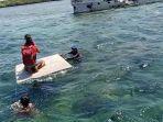 tim-ditpolairud-polda-ntb-evakuasi-penumpang-kapal.jpg