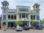 uasana-masjid-al-muttaqin-jalan-sultan-hasanuddin-nomor-29-cakranegara-kota-mataram.jpg