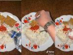 viral-gadis-makan-nasi-putih-dicampur-air-mineral.jpg