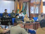 wakil-gubernur-ntb-sitti-rohmi-djalilah-memimpin-rapat-koordinasi.jpg