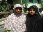 zahra-dan-ibunya-lela-di-lhokseumawe-aceh-jumat-522021.jpg