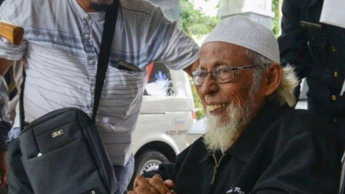 BIODATA dan Perjalanan Karier Abu Bakar Baasyir yang Bebas Murni Setelah Dihukum 15 Tahun Penjara